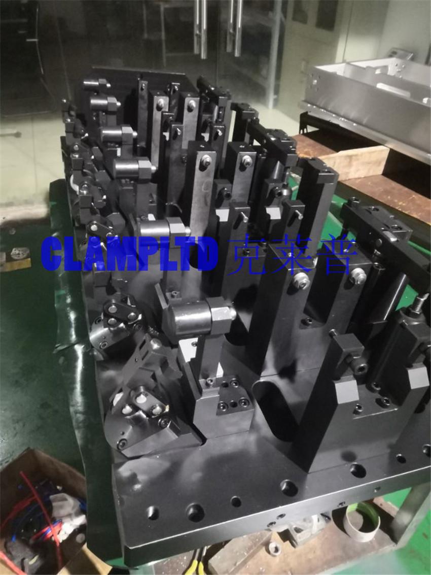 东风支架多工位液压夹具